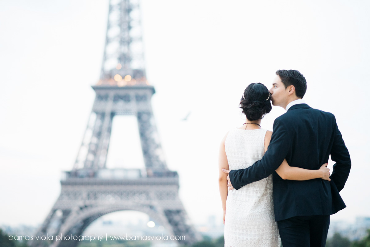 bride at eiffel tower paris wedding engagement photography